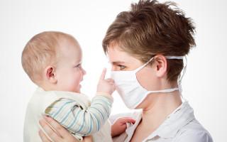 Как не заразить грудничка простудным заболеванием: ограждение ребенка от вирусов