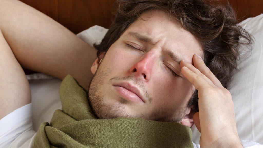 головная боль при простуде у мужчины