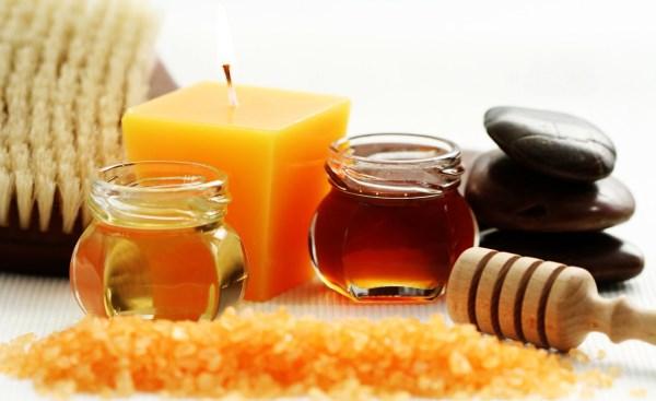 мед и свеча