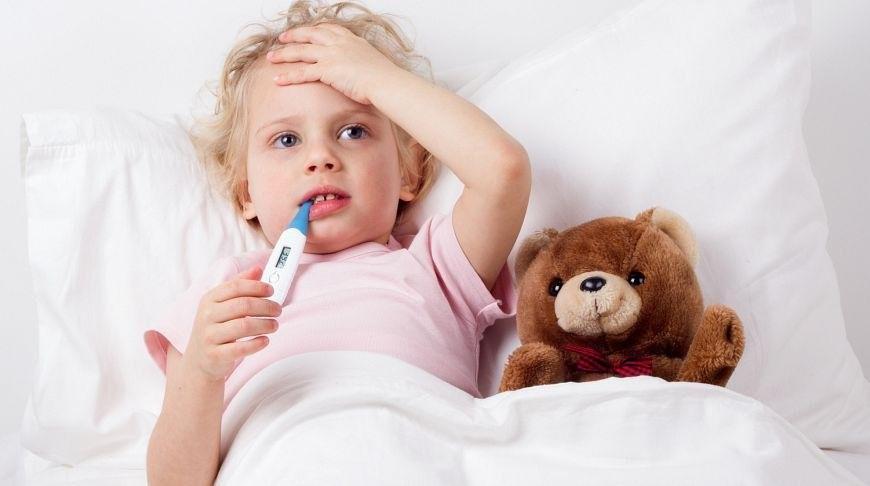 Особенности появления и развития озноба с температурой у детей, опасности, диагностика и лечение